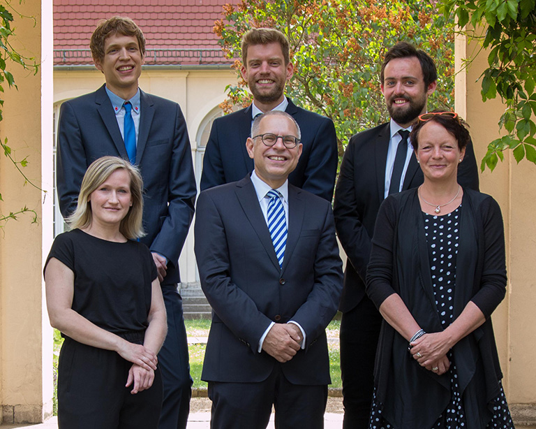 Team of the chair of  CHAIR OF INTERNATIONAL MANAGEMENT AND STRATEGIC MANAGEMENT,with Back from left to right: Felix Rödder, Simon Mitterreiter, Sebastian Baldermann; Front from left to right: Anna Mechelhoff, Prof. Dr. Stefan Schmid, Bruni Wedeking, Berlin campus, ESCP