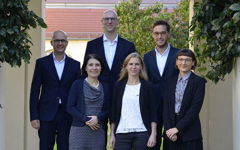 Team of the Chair of Strategic Management and Decision Making, with From left to right: Dennis Heumann, Astrid Tröster, Prof. Dr. Philip Meissner, Theresa Voigt, Christoph Keding, Afrodita Bojadjieva, Berlin campus, ESCP